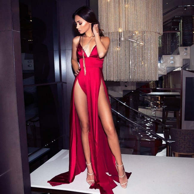 Hot Sexy Spaghetti Straps V-neck Two Slits Silky Red Prom Dresses