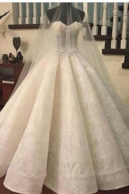 Gorgeous Lace Ruffles Sweetheart-Neck Ball-Gown Wedding Dresses