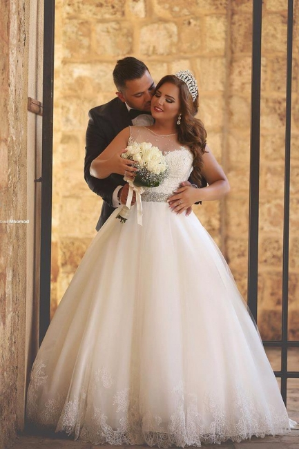 Amazing sheer Neck Bridal Ball Gown Wedding Dresses with Beaded Belt