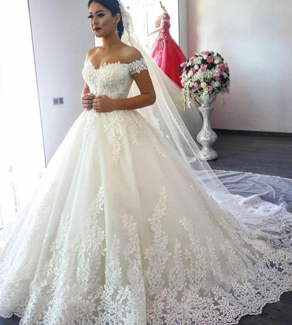 Gorgeous Ball Gown Wedding Dresses | Off-the-Shoulder Lace Appliques Bridal Gowns