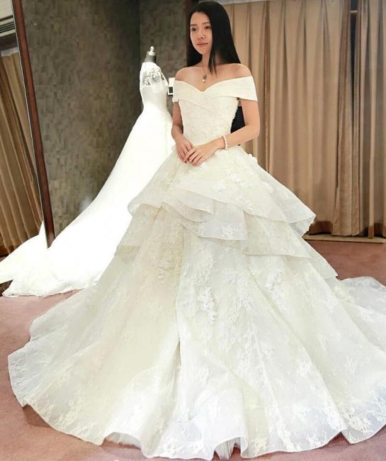 Glamorous Off-the-Shoulder Floor Length Ruffles Princess Lace Wedding Dresses