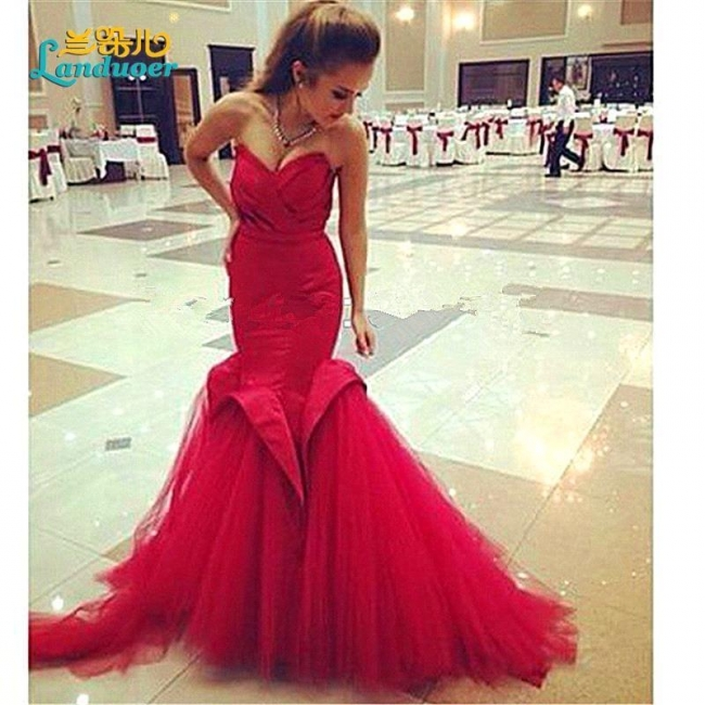 Alluring Red Mermaid Sweetheart Prom Dress Lace-Up Evening Dress