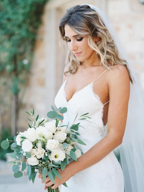 Gorgeous Sleeveless Long Lace Spaghetti Strap Backless Wedding Dress
