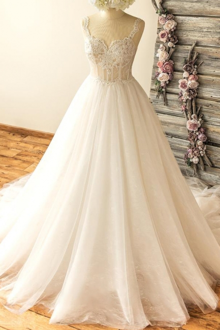 Straps Sweetheart  Lace Appliques Tulle Puff Fit and Flare Wedding Dresses