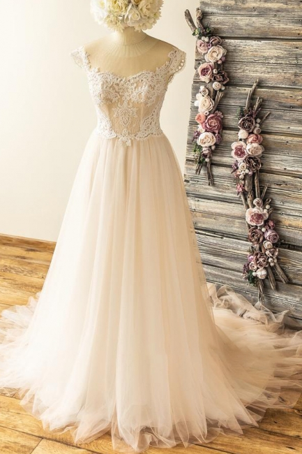Straps Sweetheart  Lace Appliques Tulle Floor Length A-line Wedding Dresses