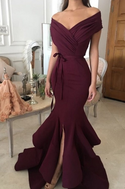 Chic Burgundy Mermaid Prom Dresses Off-the-Shoulder Ruched Side Slit Evening Gowns