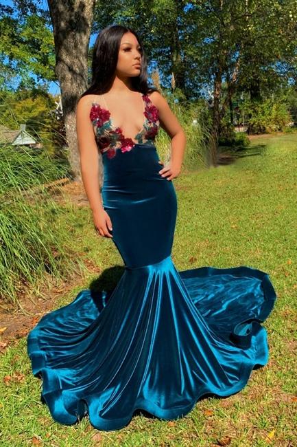 Stylish Straps V-neck Appliques Mermaid Dark Blue Velvet Prom Dresses
