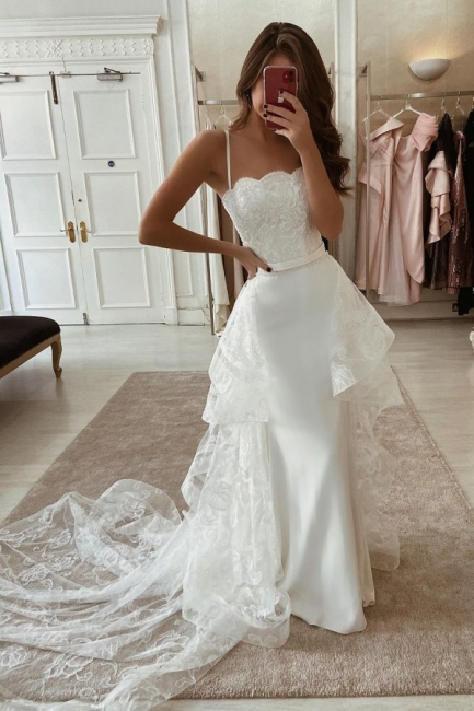 Spaghetti Straps Form-fitting Lace Wedding Dresses With Detachable Train