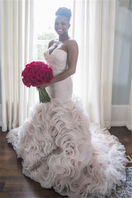 Sweetheart Sleeveless Ruffles Court-Train Open Back Organza Sheath Wave-Design Wedding Dress