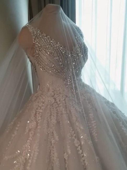 Luxury Crystal Ball Gown Wedding Dresses | Sleeveless Bridal Gowns