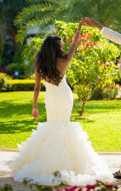 Hot Organza Mermaid Beach Wedding Dresses Backless Sweetheart Pearls Bridal Gowns