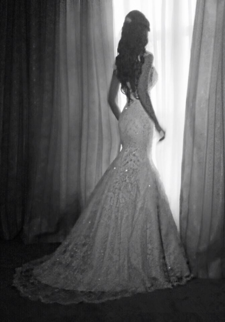 Vintage Mermaid Wedding Dresses Cap Sleeves Lace Appliques Crystal Beads Backless Bridal Gowns