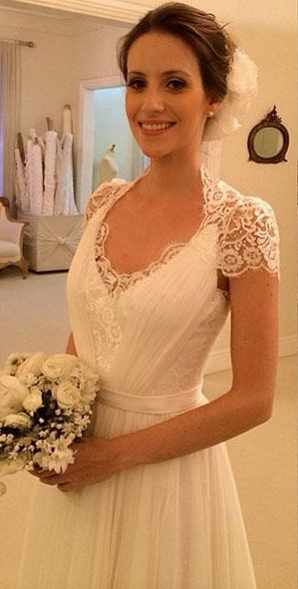 A-line Beach Wedding Dresses Chiffon Short Sleeves Sheer Lace Back Elegant Bridal Gowns