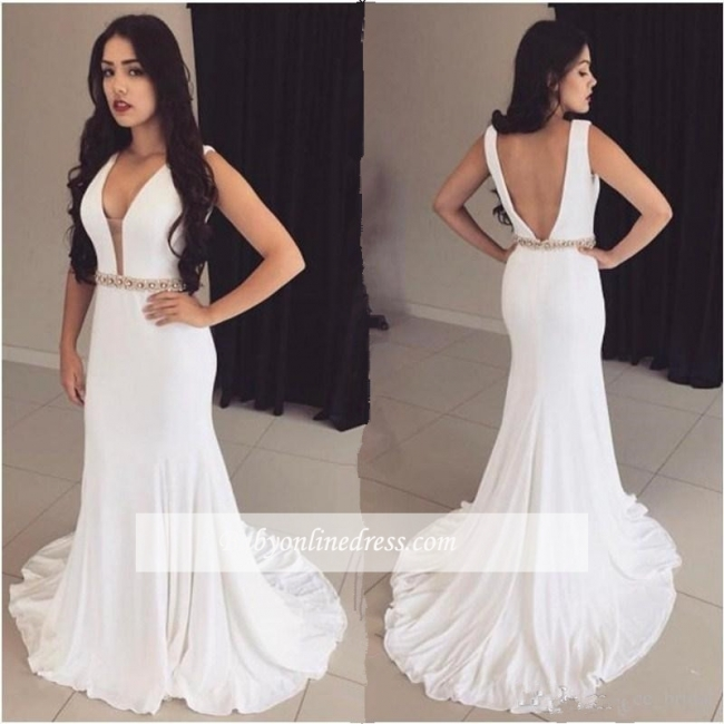 2018 Bodycon Straps Modest Crystals Sleeveless White Prom Dress