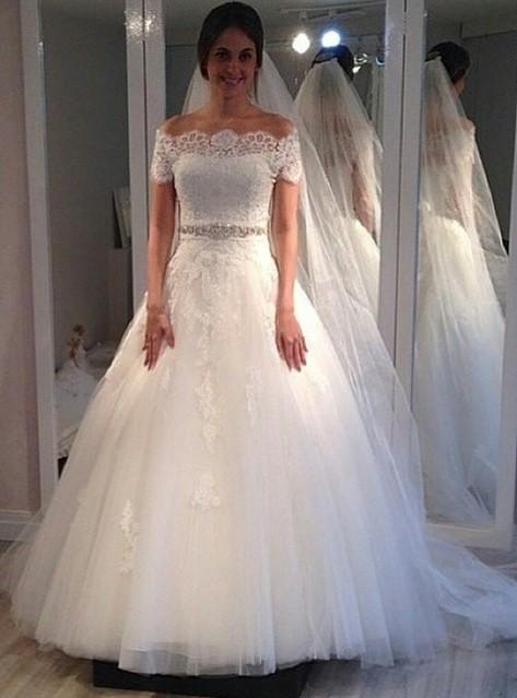Vintage A-line Short-Sleeves Lace Sweep Train Off-the-shoulder Wedding Dresses
