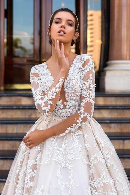 Glamorous Princess Court-Train Lace Long-Sleeve Wedding Dresses