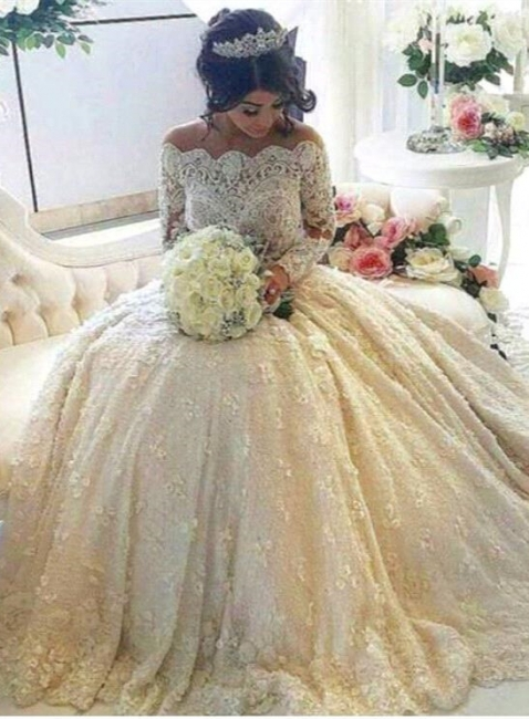 Glamorous Lace Off-the-Shoulder Wedding Dresses Long Sleeves with Long Train