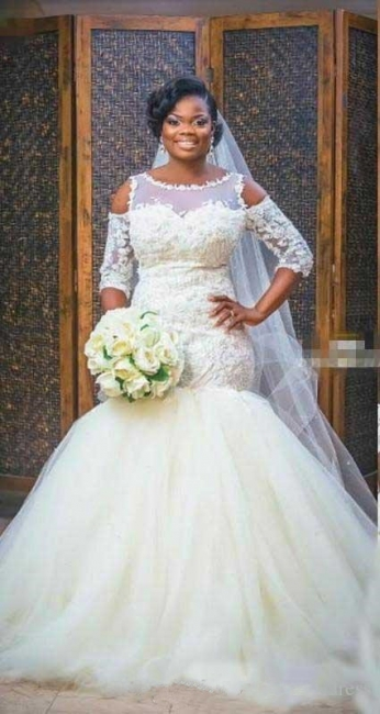 Elegant Scoop Appliques Mermaid Tulle Wedding Dress with Half Sleeves