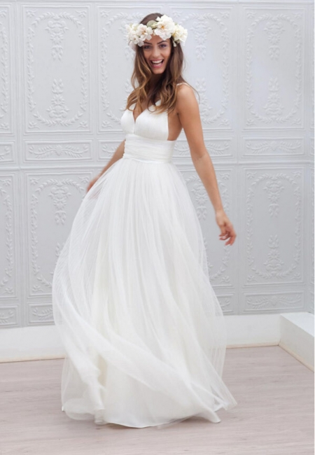 A-line Wedding Dresses Summer Beach Spaghettis Straps Backless Bridal Gowns