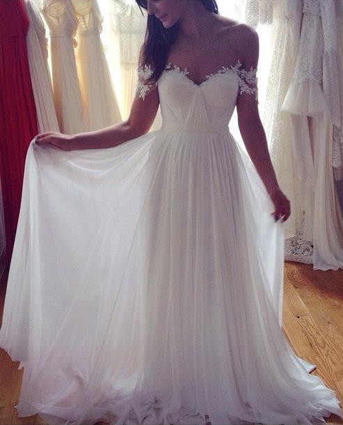 Beach Wedding Dresses Off the Shoulder Lace Appliques Summer Elegant Bridal Gowns