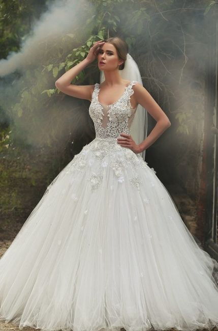 Scoop Neck Applique Beaded Handmade Flowers Tulle Lace Ball Gown Wedding Dresses