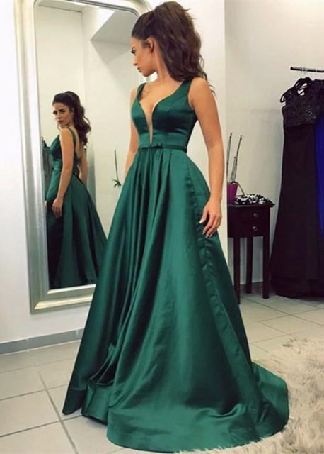 V-neck A-line Green Newest Sleeveless Backless Prom Dress