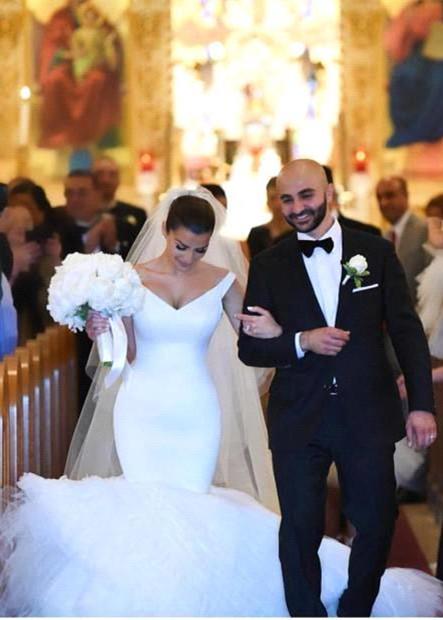 Gorgeous White Tulle Bridal Gowns | V-Neck Mermaid Wedding Dresses