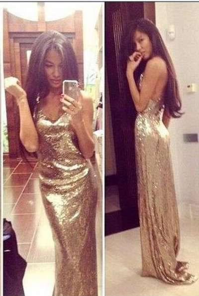 Sexy V-Neck Sequined Sheath Prom Dresses Backless Sweep Train Evening Gowns