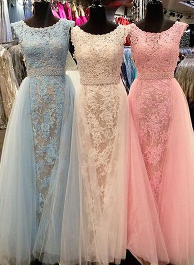 New Arrival Elegant Crystal Scoop Sleeveless Tulle Appliques Bridesmaid Dress
