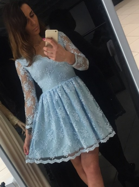 Chic Lace A-Line Homecoming Dresses | V-Neck Long Sleeves Short Cocktail Dresses