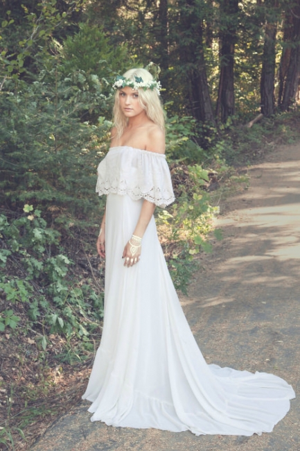 Bohemian A-line Wedding Dresses Off the Shoulder Summer Simple Bridal Gowns