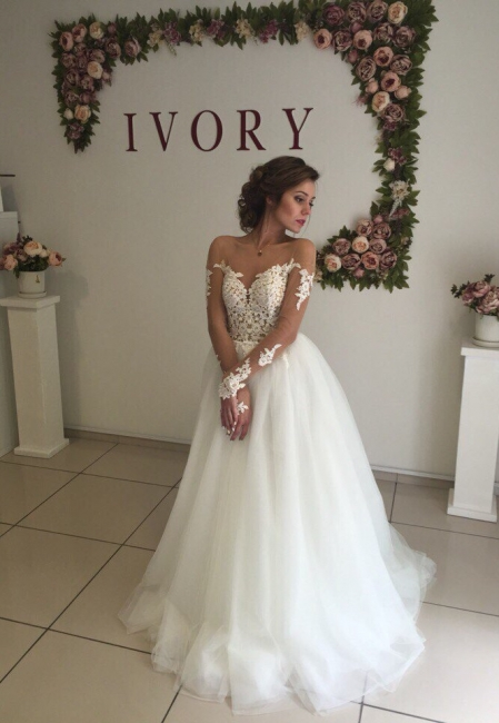 Elegant A-line Long Sleeves Wedding Dresss Applique Tulle