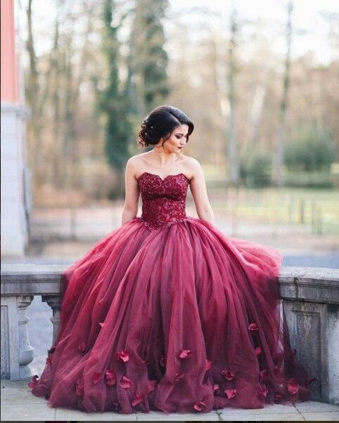 Burgundy Ball Gown Wedding Dresses Sweetheart Neck with  Prom Dress