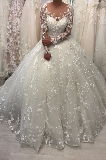 Round Neck Vintage Lace Ball Gown Wedding Dresses with Long Sleeves