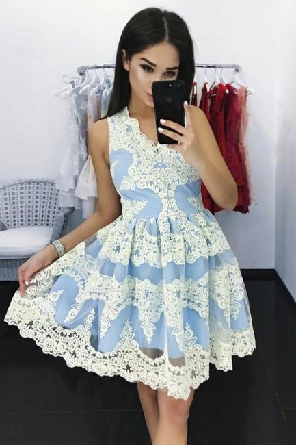 Elegant Lace A-Line Homecoming Dresses | V-Neck Sleeveless Mini Cocktail Dresses
