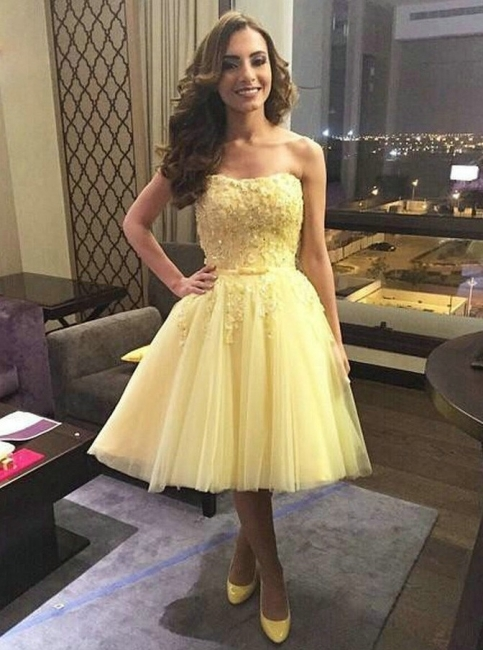Elegant Yellow A-Line Homecoming Dresses | Strapless Layers Tulle Short Cocktail Dresses