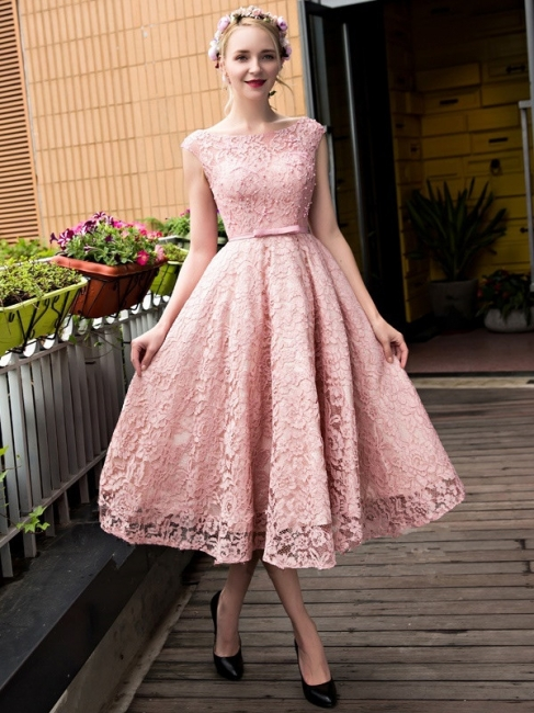 Glamorous Tea-Length A-Line Lace-up Lace Homecoming Dresses with Beadings