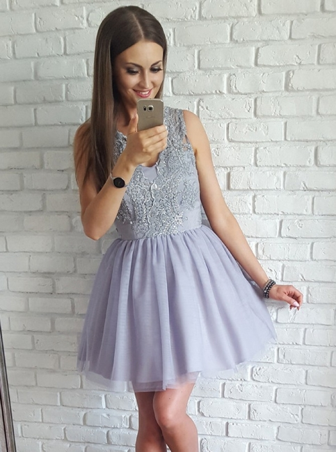 Sexy V-Neck Sleeveless A-Line Homecoming Dresses | Lace Appliques Short Prom Dresses