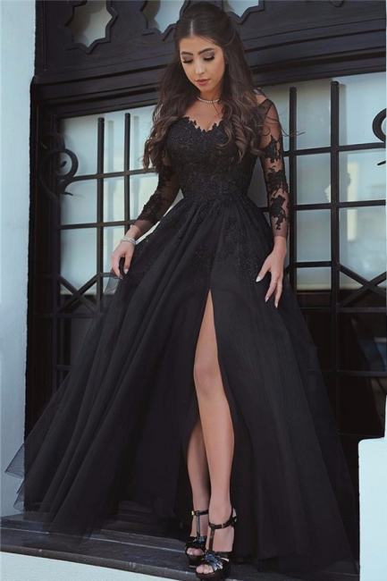 Long-Sleeve Black Slit Glamorous Lace Evening Dress