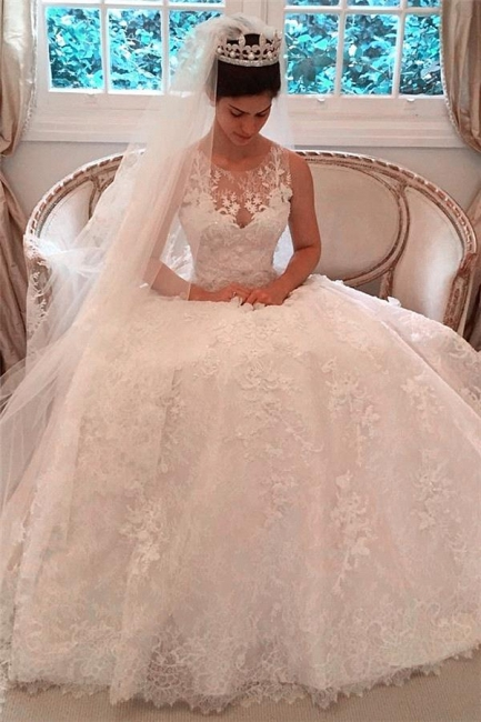 Elegant Lace A-Line 2020 Wedding Dresses Appliques Sleeveless Bridal Gowns with Buttons