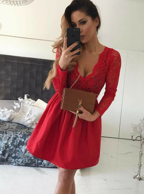 Red Long Sleeves Lace Homecoming Dresses | V-Neck A-Line Cocktail Dresses
