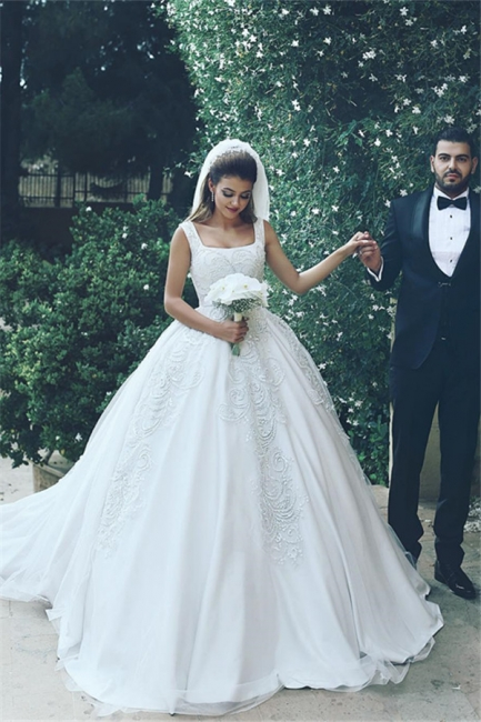 Elegant New Tulle Square Sleeveless Appliques Wedding Ball Dresses