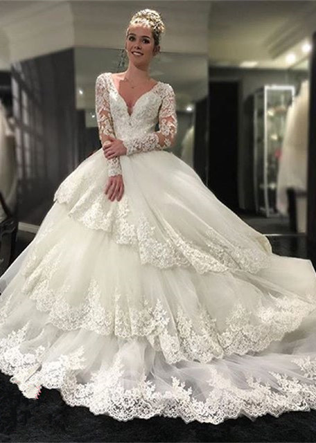 Delicate Three Layers Long Sleeves Ball-Gown Lace Appliques Wedding Dress