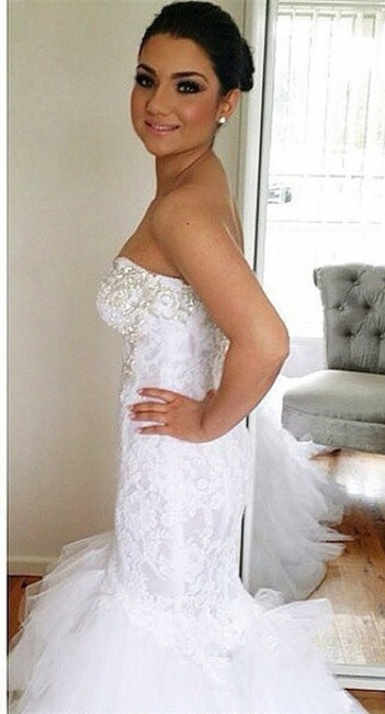 Elegant Sweetheart Mermaid Lace Wedding Dresses with Court Train with Beadings