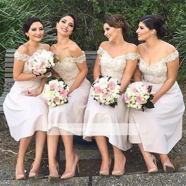 Sexy Short Lace Off the Shoulder Bridesmaids Dresses