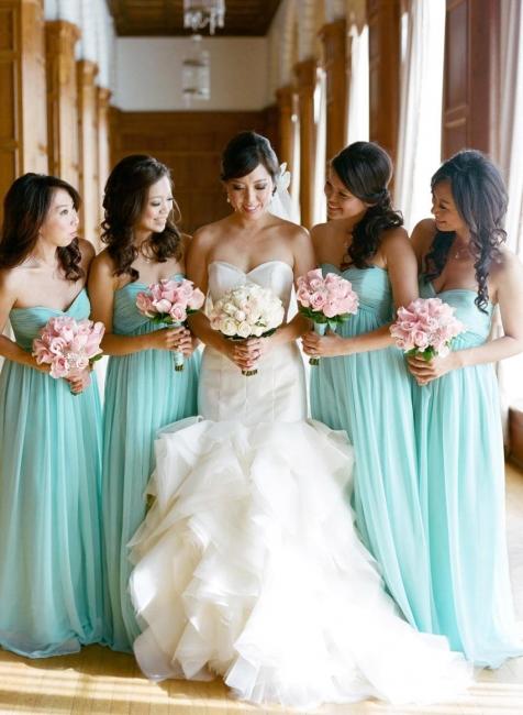 Elegant Chiffon Sweetheart Sleeveless Bridesmaid Dress