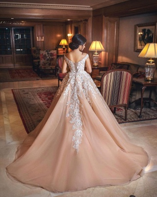 Gorgeous Champagne Off-the-shoulder Ball Gown Wedding Dresses_4