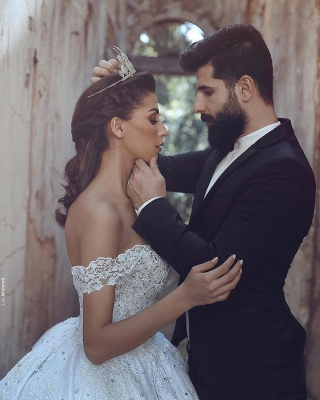 Off-The-Shoulder Ball-Gown Beaded Luxury Lace-Applique Wedding Dresses_3