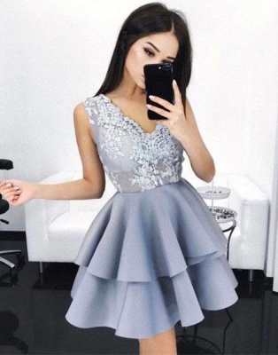 Layers Sleeveless V-Neck A-line Elegant Lace Homecoming Dresses_3