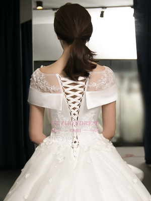 Train Puffy Exquisite Cathedral Scoop Lace-Applique Cap-Sleeves Wedding Dresses_5